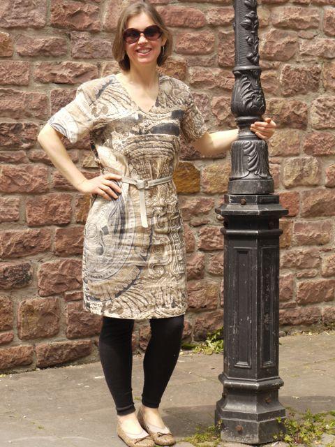 #MMMay14 - Day 17 - Burdastyle dress in linen from Italian designer Blumarine.