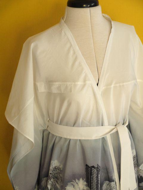 Design details - faux welt pocket on front yoke seam.