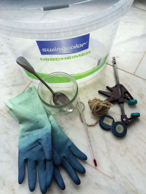 10 litre bucket, protective gloves, spoon, thermometer, glass jars, clamp, string, wooden shapes.
